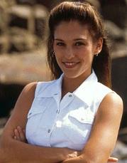 Amy Jo Johnson 1