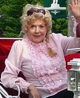 Celebrity Nooz Donna Douglas