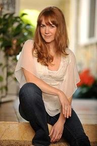 Renée O'Connor 4