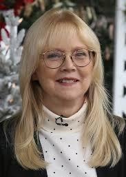 Shelley Long 4